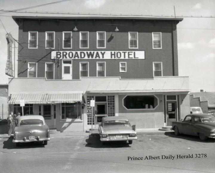Broadway Hotel_C1950
