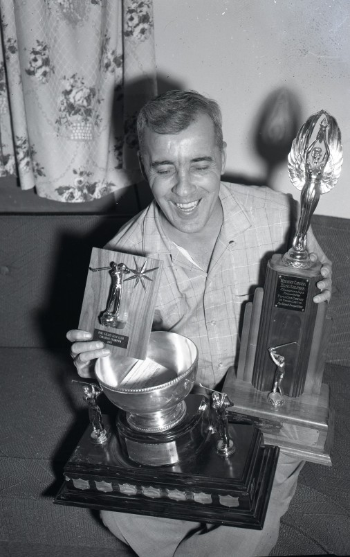 PADH19087_Phil Lederhouse_Trophies_29 December 1965