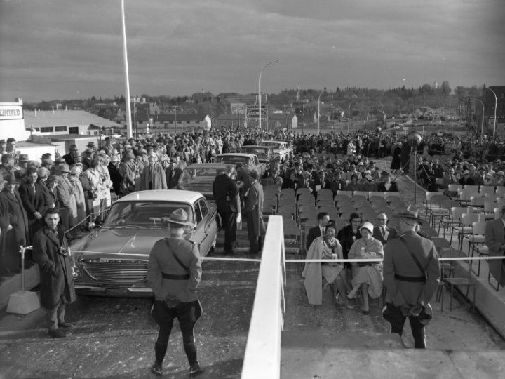 Bridge opening event 2_Oct 12 1960_PADH 33275