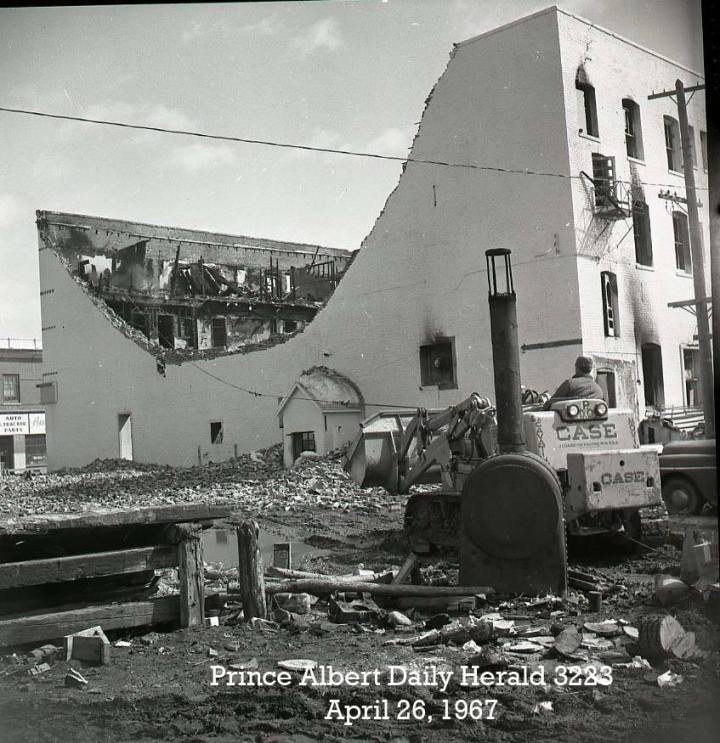 astro hotel fire_26april1967_padh